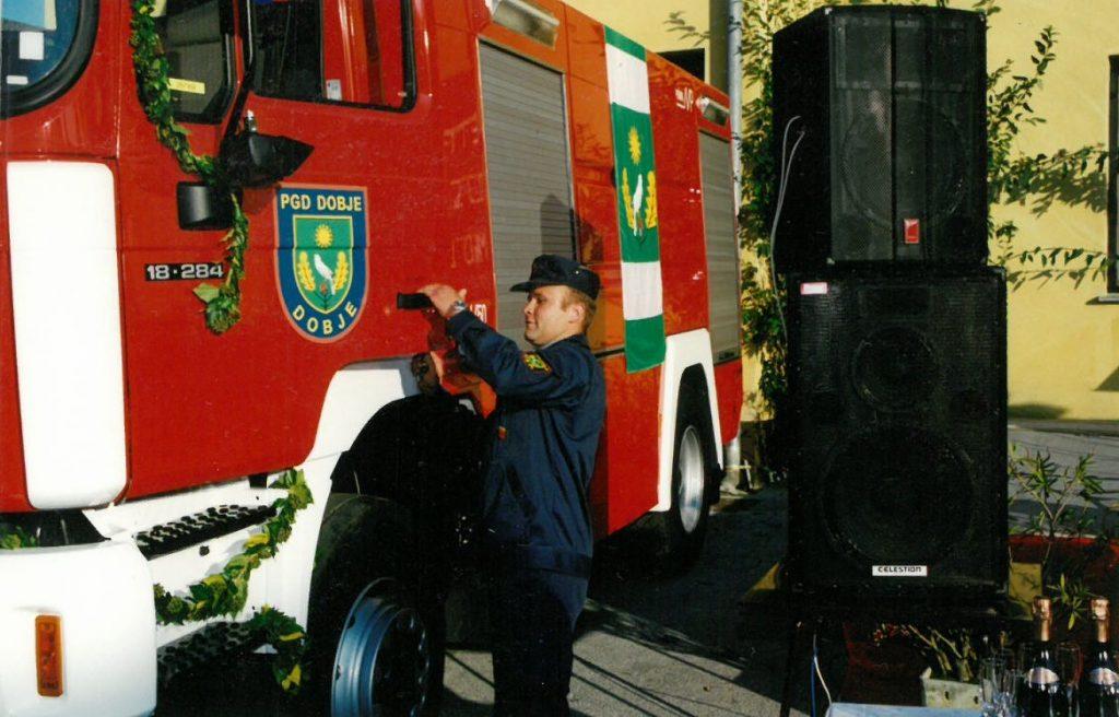 Šofer Franci Leskovšek, ml., je prevzel in preizkusil novo vozilo