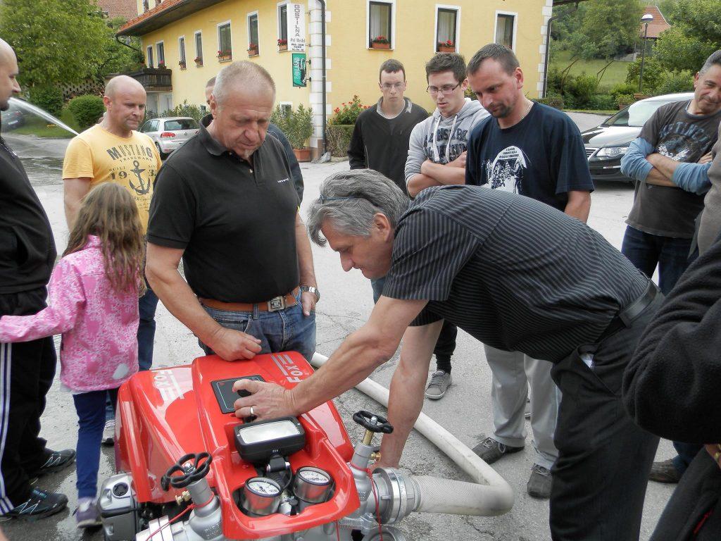 Izobraževanje o uporabi motorne brizgalne ob nakupu