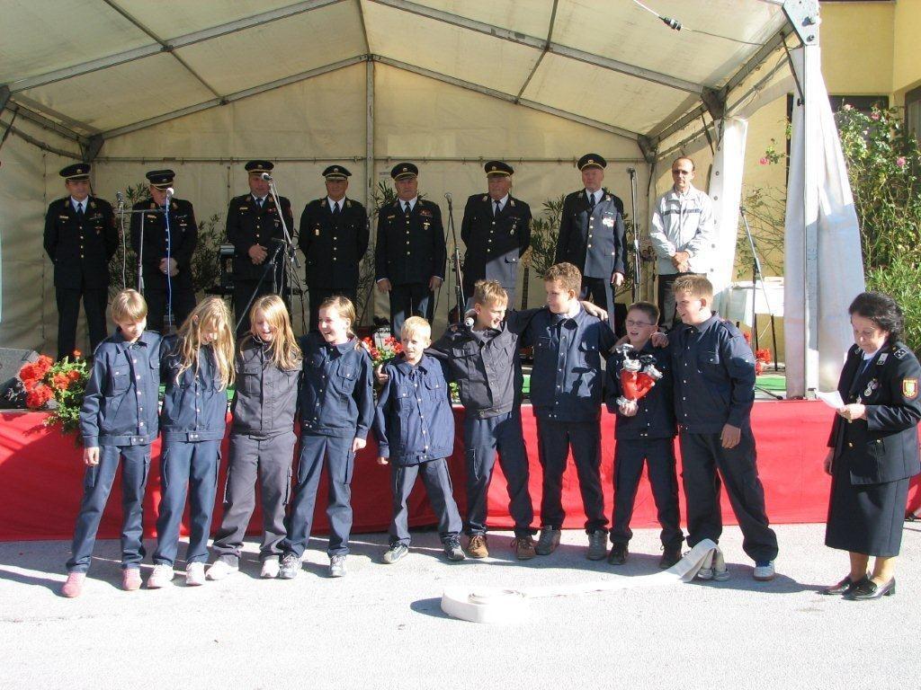 Mladi gasilci so sodelovali pri kulturnem programu