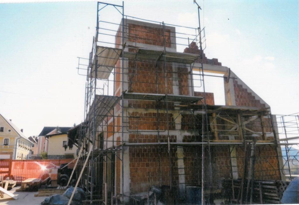 Prizidek k domu bo kmalu končan