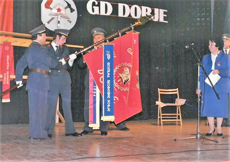 Razvitje prapora GD Dobje, 14. september 1986