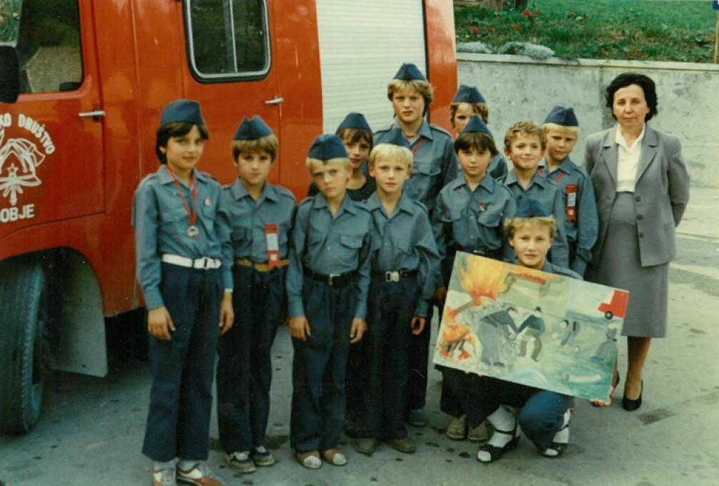 Srečanje pionirjev oktobra 1985 v Zagorju ob Savi. Z zlato paleto za likovni izdelek je bila nagrajena Veronika Guček.