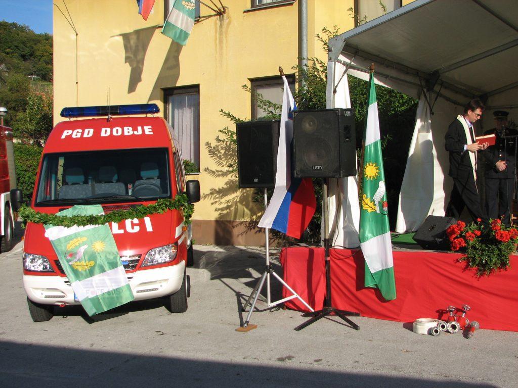 Vozilo GV-1 je blagoslovil duhovnik Peter Orešnik